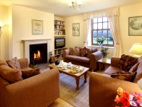 The Garden Cottage Lounge