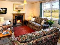 The Hinds Cottage Lounge