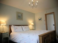 Granary-master-with-ensuite