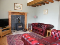 Stables-living-10
